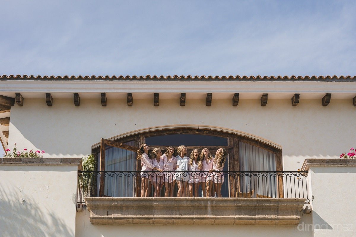 the party's getting started at Cabo del Sol wedding