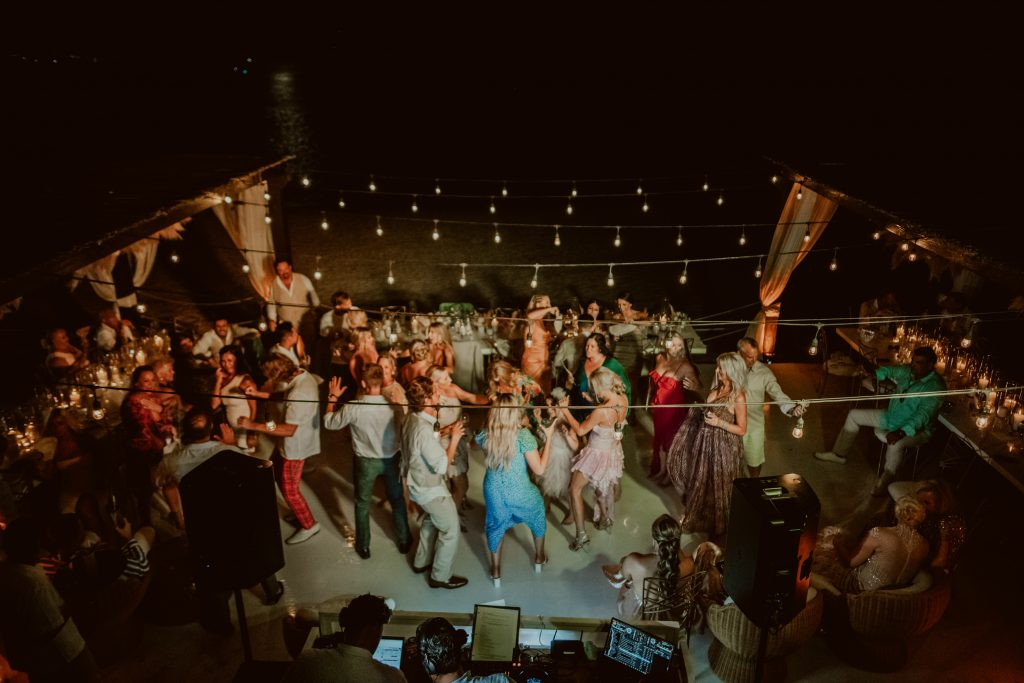 A wedding day timeline has to include some dancing!